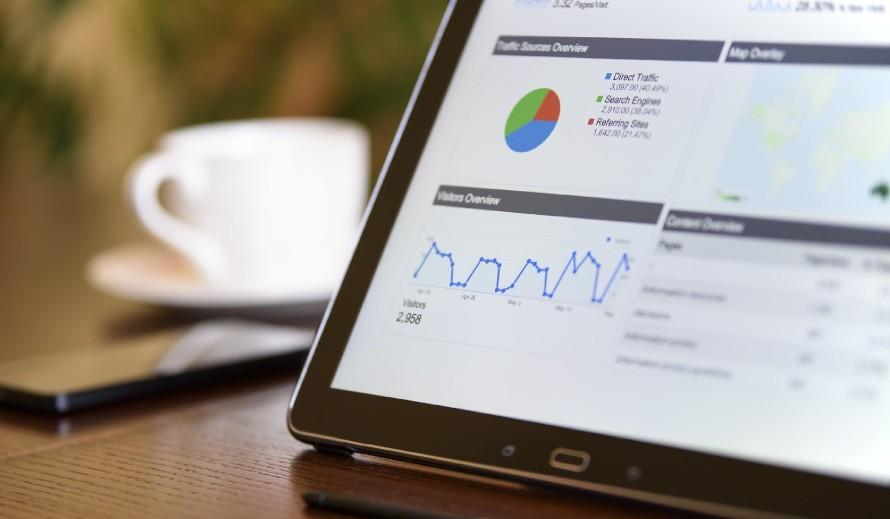 Czy strona internetowa może sama się wypozycjonować w Google bez procesu SEO?